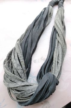 Gray Black String Leather Necklace Leather Jewelry di Kostimusha,
