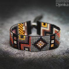 off loom beading techniques Bead Loom Bracelets, Beaded Bracelet Patterns, Bead Loom Patterns, Bracelets For Men, Beading Patterns, Beading Ideas, Seed Bead Jewelry, Bead Jewellery, Loom Beading