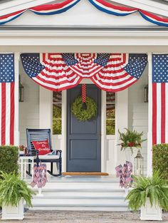 Our Patriotic Bunting is ideal for decorating fences and banisters. Show your spirit to neighbors and friends alike.