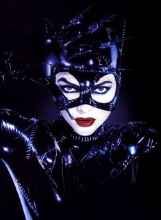 """I am Catwoman."" Michelle Pfeiffer not only carried her own in Tim Burton's Batman Returns against Michael Keaton and Christopher Walken, she was the scene-stealer… Catwoman Cosplay, Cosplay Gatúbela, Cosplay Ideas, Costume Ideas, Catwoman Michelle, Catwoman Halle Berry, Catwoman Selina Kyle, Batgirl, Batman Et Catwoman"