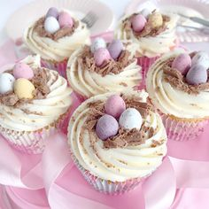 Mini Egg Easter Cupcakes | Love Catherine Easter Cupcakes, Baking Cupcakes, Cupcake Recipes, Baking Recipes, Cupcake Cakes, Bunny Cupcakes, Mini Eggs Cake, Cupcakes Amor, Desserts Ostern