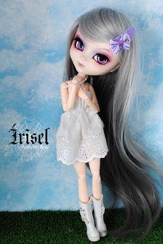 Írisel rewigged