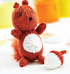 A gorgeous little woodland friend by Amanda Berry to knit up in no time! He is worked flat but can easily be worked in the round and also comes with a bonus acorn pattern so he doesn't get hungry.