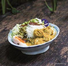 Making Fermented Rice Flour Noodles (การทำเส้นขนมจีน ; sen khanohm jeen) - Thaifoodmaster