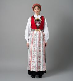 Hello all, Today I will cover the last province of Norway, Hordaland. This is one of the great centers of Norwegian folk costume, hav. Folk Costume, Costumes, Traditional Outfits, Norway, Boho Fashion, Vintage, Scandinavian, Culture, Embroidery