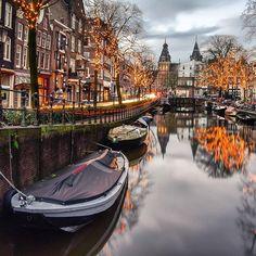 Amsterdam credit @gabrielguita_
