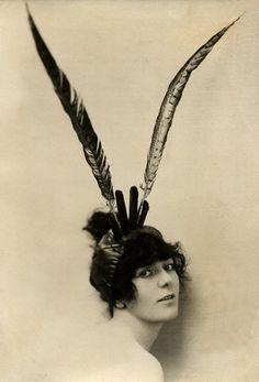 Lady Lavery, 1914                          Lady Hazel Lavery, Un...