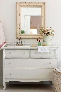 Cottage ● Upcycled Bathroom Sink