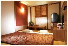 Luxurious ondol room