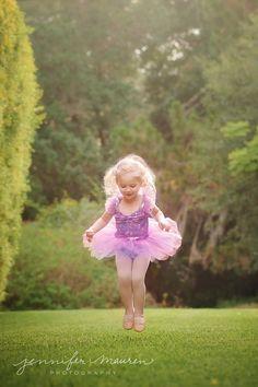 little girl dancing in ballet tutu Jennifer Mauren Photography Bradenton Sarasota