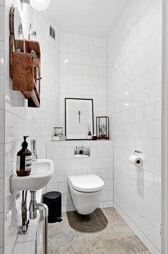 67 Fantastic Scandinavian Bathroom Ideas - Page 31 of 69 Bathroom Styling, Diy Bathroom Decor, Scandinavian Bathroom, Boho Bathroom, Amazing Bathrooms, Bathrooms Remodel, Small Toilet, Rustic Bathroom Vanities, Bathroom Design