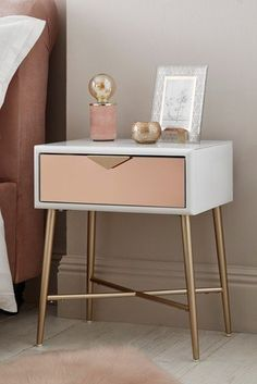 Give a classy touch to your room decor with this lacey one drawer bedside table. Give a classy touch to your room decor with this lacey one drawer bedside table. Rose Gold Room Decor, Rose Gold Rooms, Copper Bedroom Decor, Blush And Gold Bedroom, Cute Bedroom Decor, Trendy Bedroom, Bedside Table Decor, White Bedside Tables, Side Tables Bedroom