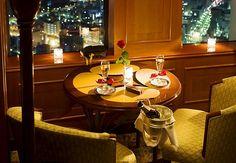 #PrivilegioMarriott es una cena romántica para dos con vistas de la ciudad de Nagoya, Japón. Nagoya Marriott Associa Hotel