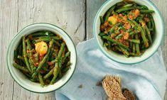 15 vegan και ελληνικές συνταγές που θα αγαπήσετε - www.olivemagazine.gr Green Beans, Vegan, Vegetables, Recipes, Food, Recipies, Essen, Vegetable Recipes, Meals