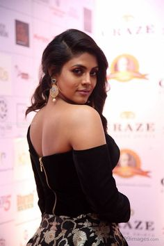 Actress Iniya in Black Dress at Dadasaheb Phalke Awards - #40997 #iniya #actress #kollywood #mollywood #tollywood Photograph of  Iniya PHOTOGRAPH OF  INIYA | IN.PINTEREST.COM ENVIRONMENT EDUCRATSWEB