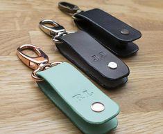 Leather keychain key holder Holds 1-4 regular keys Stainless steel bolt
