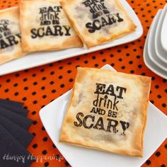 Hungry Happenings: Use a Halloween stamp to add a touch of whimsy to your appetizers. Entree Halloween, Diy Halloween Party, Halloween Appetizers, Halloween Treats, Halloween Foods, Spooky Halloween, Happy Halloween, Halloween Recipe, Halloween Desserts