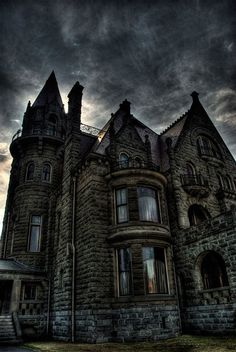 Dusk, Craigdarroch Castle, British Columbia, Canada  photo via louise. Now that looks haunted