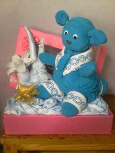 Hantaran Pernikahan  Bentuk : Boneka Panda Barang / Bahan : Handuk  Contact Order : 085890997010 ( wA)