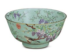 A LARGE TURQUOISE-GROUND FAMILLE ROSE BOWL TONGZHI/EARLY GUANGXU PERIOD (1862-1908)