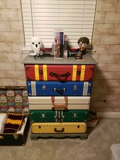 Harry Potter Kawaii, Décoration Harry Potter, Classe Harry Potter, Estilo Harry Potter, Harry Potter Nursery, Harry Potter Classroom, Harry Potter Tumblr, Harry Potter Birthday, Harry Potter Suitcase