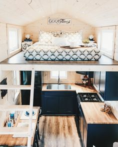 Small spaces, tiny house