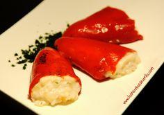 INGREDIENTES  200 gr de Bacalao fresco (sin pieles ni espinas)  10 Pimientos del piquillo (1 lata)  ¼ de Cebolla  1 cucharada de maizena  (...