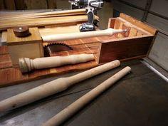 Ah! E se falando em madeira...: tornear na circular de mesa