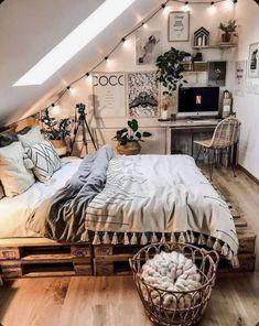 Cute Bedroom Ideas, Room Ideas Bedroom, Teen Room Decor, Home Bedroom, Bedroom Decor, Bedroom Inspo, Bedroom Inspiration, Bedroom Furniture, Teen Bedroom