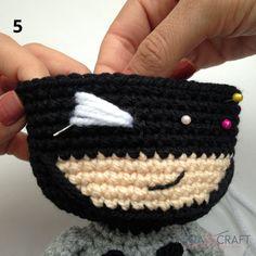 Source by polyanad Batman Amigurumi, Amigurumi Doll, Crochet Amigurumi Free Patterns, Crochet Art, Double Crochet, Single Crochet, Crochet Batman, Crochet Baby Toys, Crochet Basics