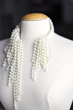 DIY Dior necklace - look-alike. Made in a rather unexpected way. Check out the materials. #Beading #Jewelry #Tutorials