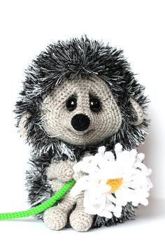 Ravelry: Cute hedgehog with a daisy pattern by Ermak Elena