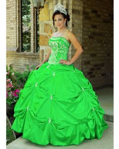 wedding and prom dresses | green ball gown prom dresses - Wedding Dresses and Bridal Fashion  i wish i could do this!! :D