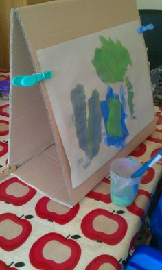 "Cardboard table-top easel ("",)"