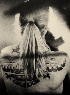 Anthony Keidis, Bohemian Tattoo, John Frusciante, Goth Aesthetic, Wonderwall, Psychedelic Art, Wild Hearts, Back Tattoo, Pretty Boys