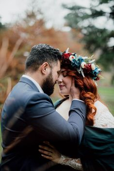Beautiful Wedding Photography in Fitzroy Gardens, Melbourne Melbourne, Wedding Photos, Gardens, Wedding Photography, Couple Photos, Couples, Beautiful, Marriage Pictures, Couple Shots