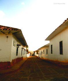 calles de piedra empedrado paved streets arquitectura casas barichara santander colombia foto mauricio mar