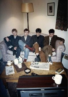 Reference photo for Blur's Modern Life is Rubbish cover Blur Band, Going Blind, You Really Got Me, Life Cover, Damon Albarn, Def Not, Jamie Hewlett, Blur Photo, Bad Person