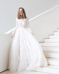 40 Timeless Wedding Dress Will Last Forever - Beauty of Wedd.- 40 Timeless Wedding Dress Will Last Forever – Beauty of Wedding 40 Timeless Wedding Dress Will Last Forever - Long Sleeve Wedding, Long Wedding Dresses, Designer Wedding Dresses, Bridal Dresses, Wedding Gowns, Tulle Wedding, Timeless Wedding Dresses, Marchesa Wedding Dress, Modest Wedding Dresses With Sleeves