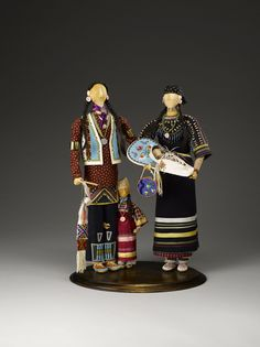 Grand Procession: Dolls from the Charles and Valerie Diker Collection Native American Dolls, Native American Pottery, Native American Crafts, American Indian Art, Native American Indians, Native Americans, Corn Husk Dolls, Indian Dolls, Native Beadwork