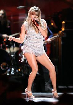 Grace Potter and The Nocturnals.... she's all kinds of awesome.