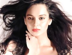 Bollywood Queen turns fashion designer http://www.myfirstshow.com/news/view/43719/-Bollywood-Queen-turns-fashion-designer.html