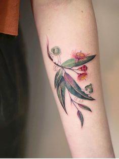 Lena Fedchenko flower tattoo