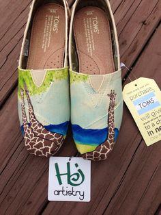 Giraffe shoes. Custom Painted Giraffe Themed Toms by HJartistry