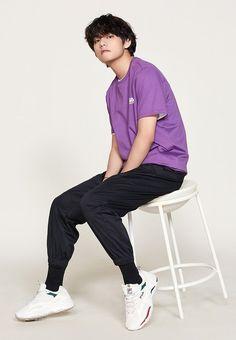 Join the journey of a mafia boss Jeon Jungkook and his boyfriend Kim taehyung. Daegu, Bts Taehyung, Bts Bangtan Boy, Bts Jungkook And V, Foto Bts, K Pop, V Model, Bts Kim, V Bts Cute