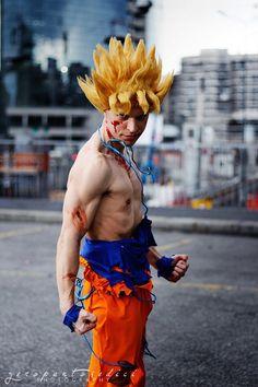 Alex Gaiati: Goku SSJ: Dragon Ball Z in Otaku House Cosplay Idol 2012