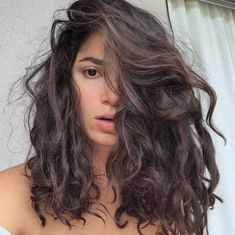 479 gegerbt, 10 Kommentare – Eliana Gil Rodriguez ( no In … - Top Trend Frisuren 2018 Permed Hairstyles, Pretty Hairstyles, Medium Length Curly Hairstyles, Natural Wavy Hairstyles, Short Haircuts, Pelo Ondulado Natural, Curly Hair Styles, Natural Hair Styles, Natural Curls