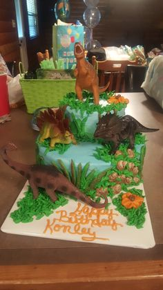 Gingerbread with Cookeo - HQ Recipes Dinosaur Cakes For Boys, Dinosaur Birthday Cakes, 4th Birthday Cakes, 6th Birthday Parties, Birthday Fun, Dinosaur Party, Birthday Ideas, Dinasour Birthday, Dinasour Cake