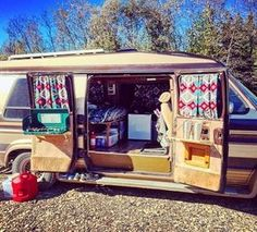 van-crush: Door tables!!! If you have barn doors on your van and have been considering this DO IT! Its a pretty easy project and so worth it! #VanCrush #vanlife https://www.instagram.com/p/BKHC8tXh9Ts/