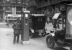 Taxi Phone, Vienna 1930 Heart Of Europe, Austro Hungarian, Photo Story, Sound Of Music, World History, Bavaria, Vintage Images, Old World, Old Photos